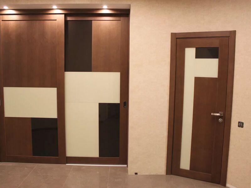 Скрытый шкаф за раздвижной перегородкой
