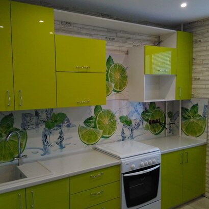 Прямая кухня в современном стиле