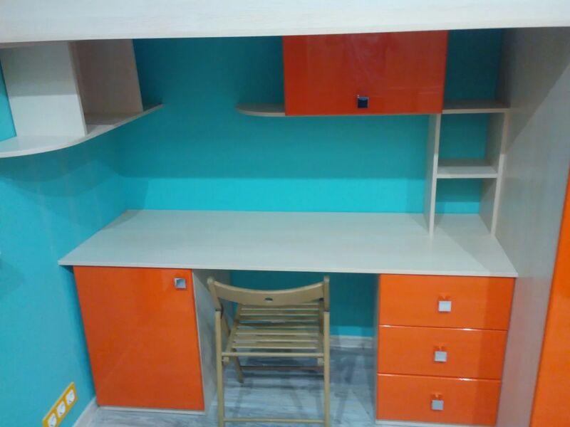 Кровать-чердак с письменным столом